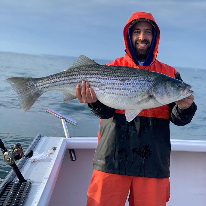 bass_fishing_new_rochelle_new_york.jpg