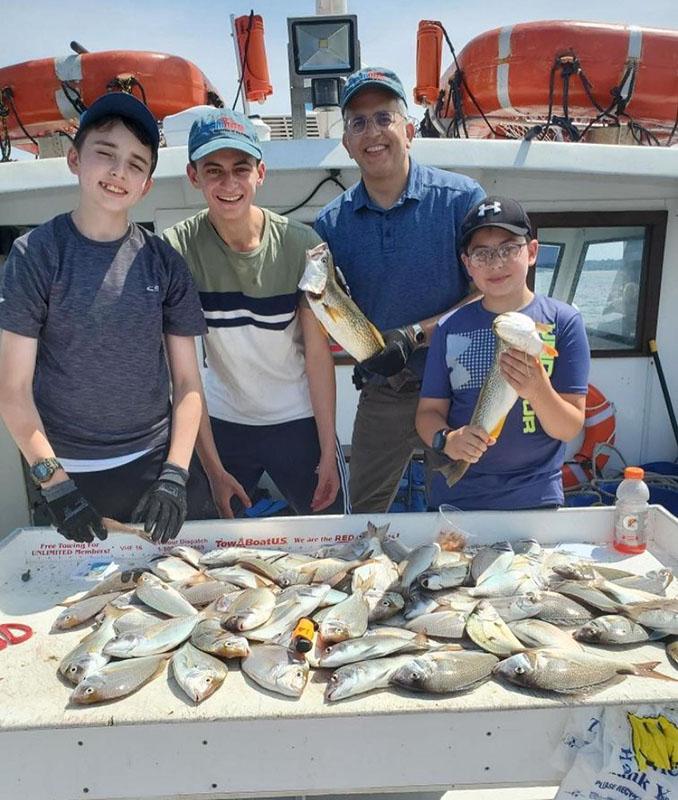 family_fishing_charters_for_kids_westchester_new_york.jpg