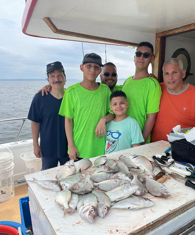 fishing_trip_charters_bronx_ny.jpg