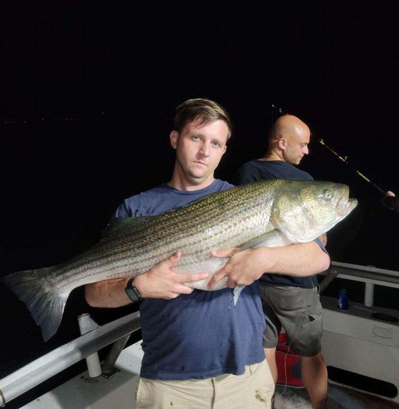 queens_bass_fishing_charter_boats.jpg